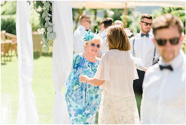 14. Lake Como wedding guests.jpg