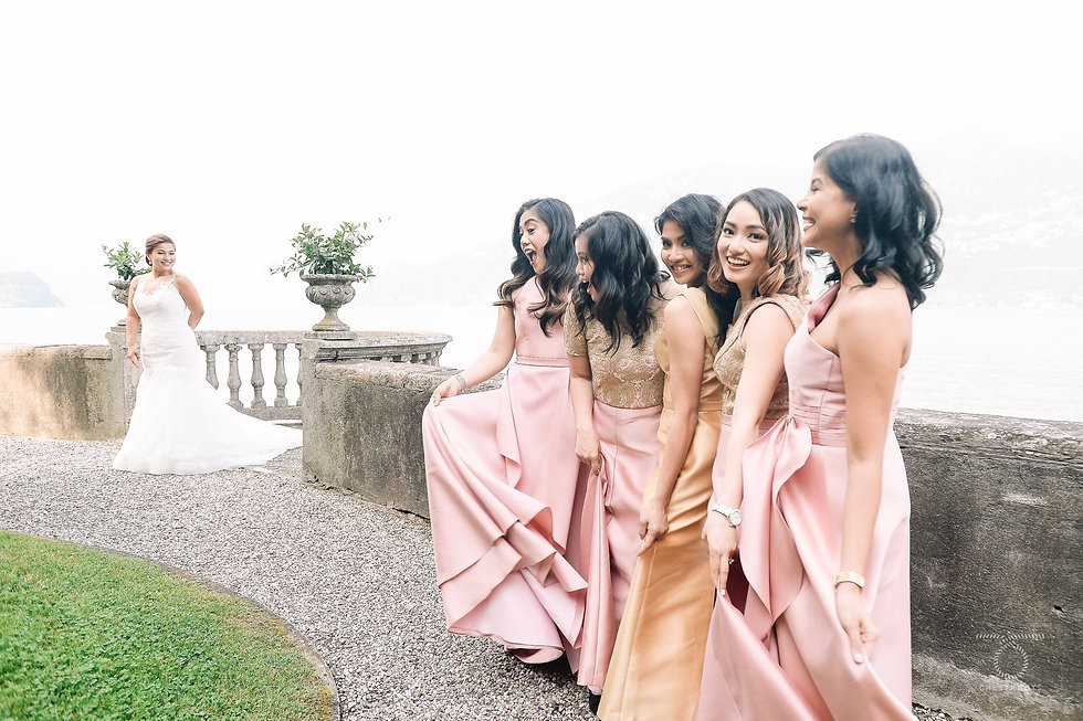 Villa Aura wedding photos - bridal party