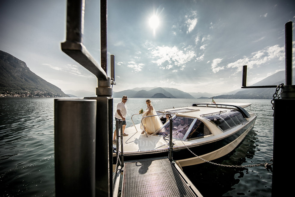 26. Wedding guest boat Lake Como.jpg