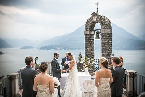 Symbolic ceremony Lake Como.jpg
