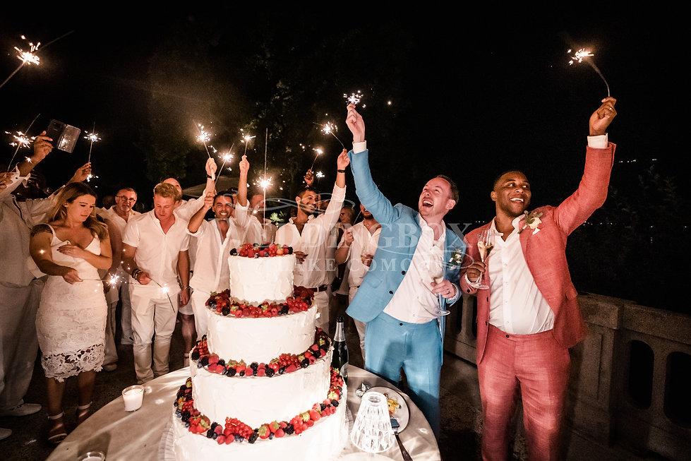 25. Wedding cake at Villa Lario.jpg
