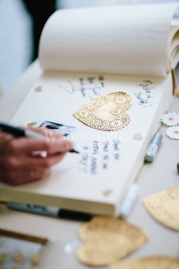 Guest book wedding details.jpg