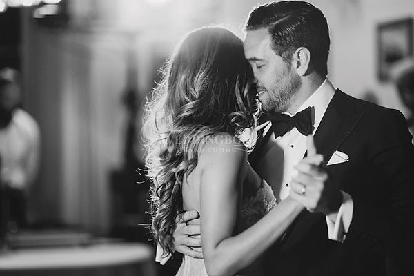 First dance. Italy wedding.jpg
