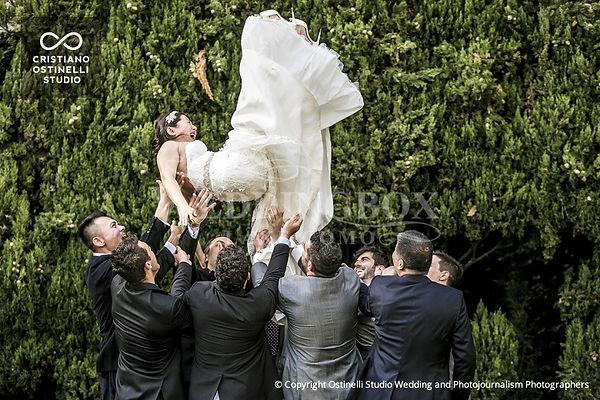 14. Wedding fun at Villa Pizzo in Italy.