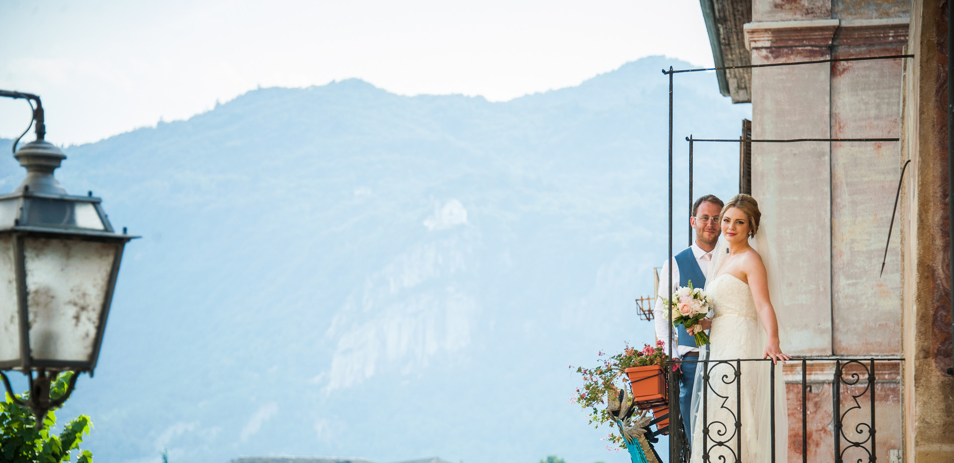 13. Romantic wedding on Lake Orta San Gi
