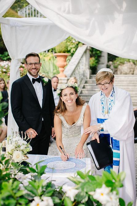 12. Villa Cipressi wedding with Rabbi Barbara.jpg