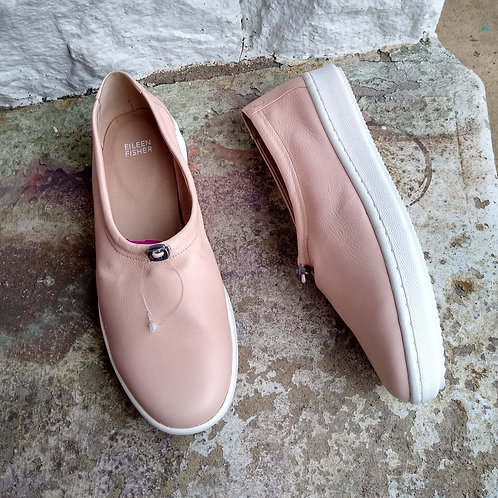 Eileen Fisher Blush Shoes, never worn, Size 9