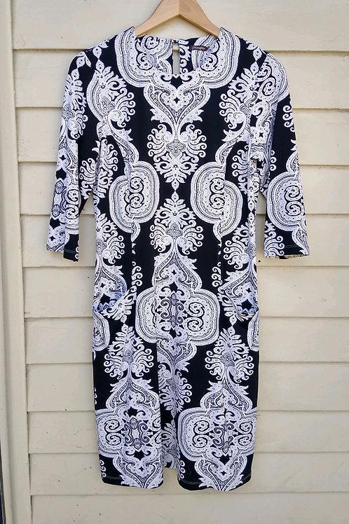 J. McLaughlin Black & White Dress with Pockets, Size M