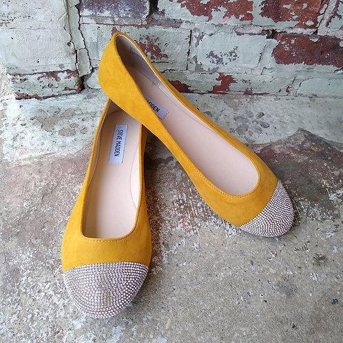 Steve Madden Mustard Flats, never worn, Size 9.5