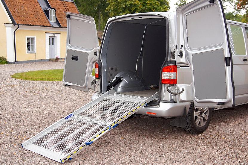 Rampas fixas de carga dobráveis e manuais de acesso a viaturas - BGR