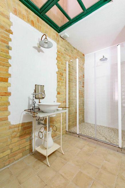 Freisa bathroom