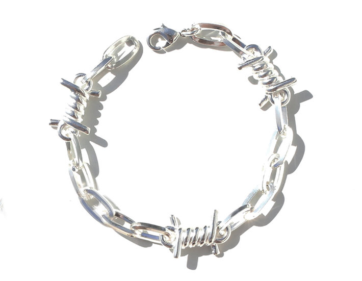 BARBWIRE BIG BRACELET.
