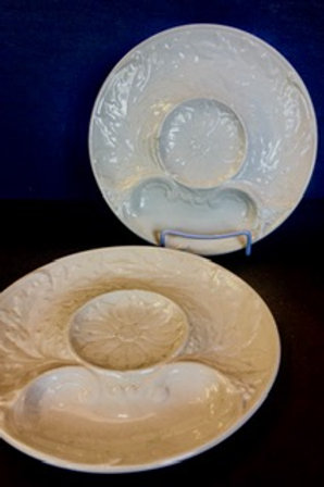 Set of 8 French Artichoke Plates