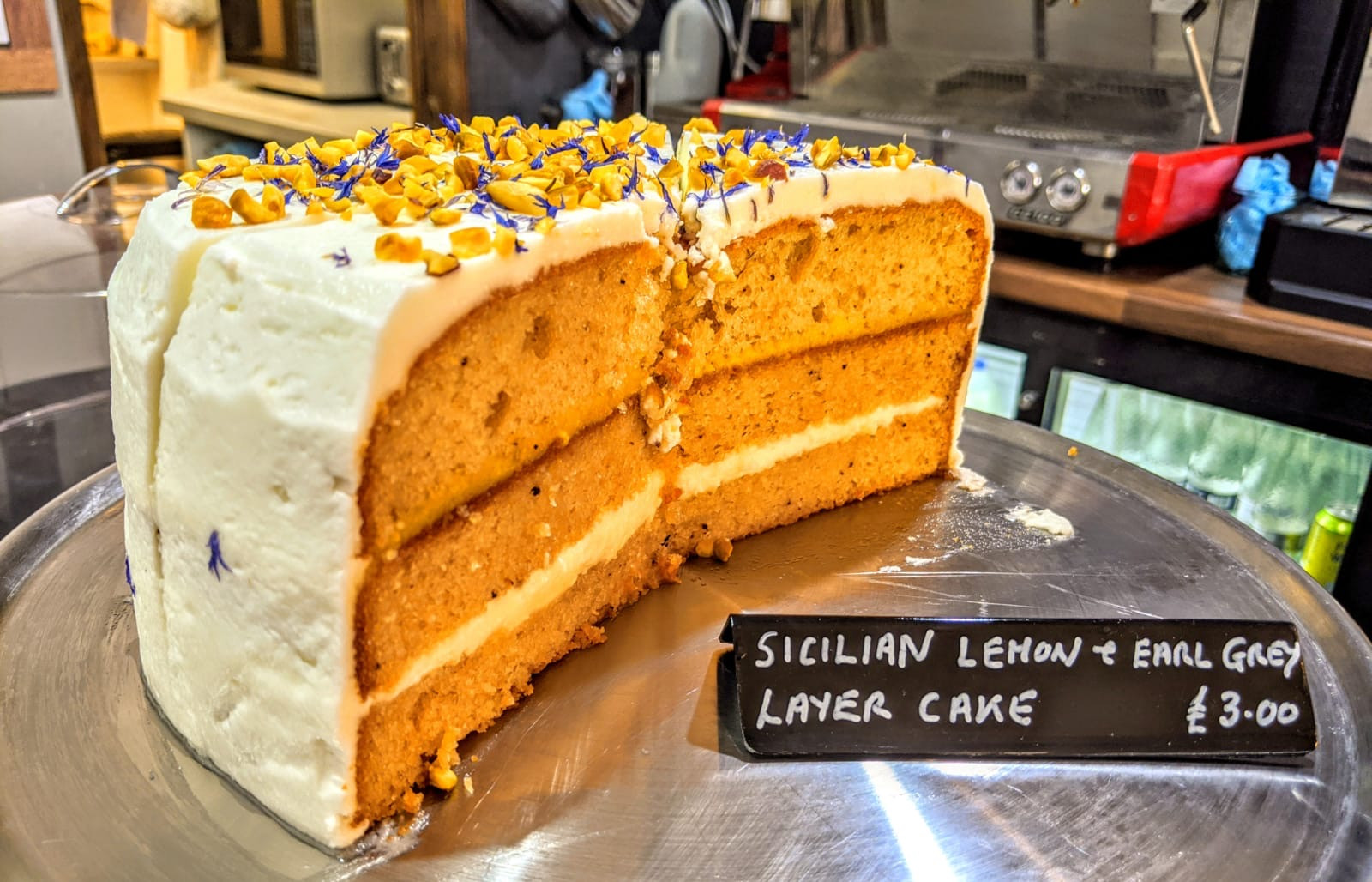 Lemon and Earl Grey Cake