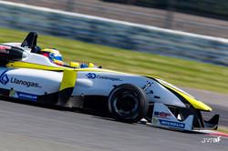 William Barbosa G Silverstone Junio 2015_6.jpg