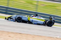 William Barbosa G Silverstone Junio 2015_5.jpg