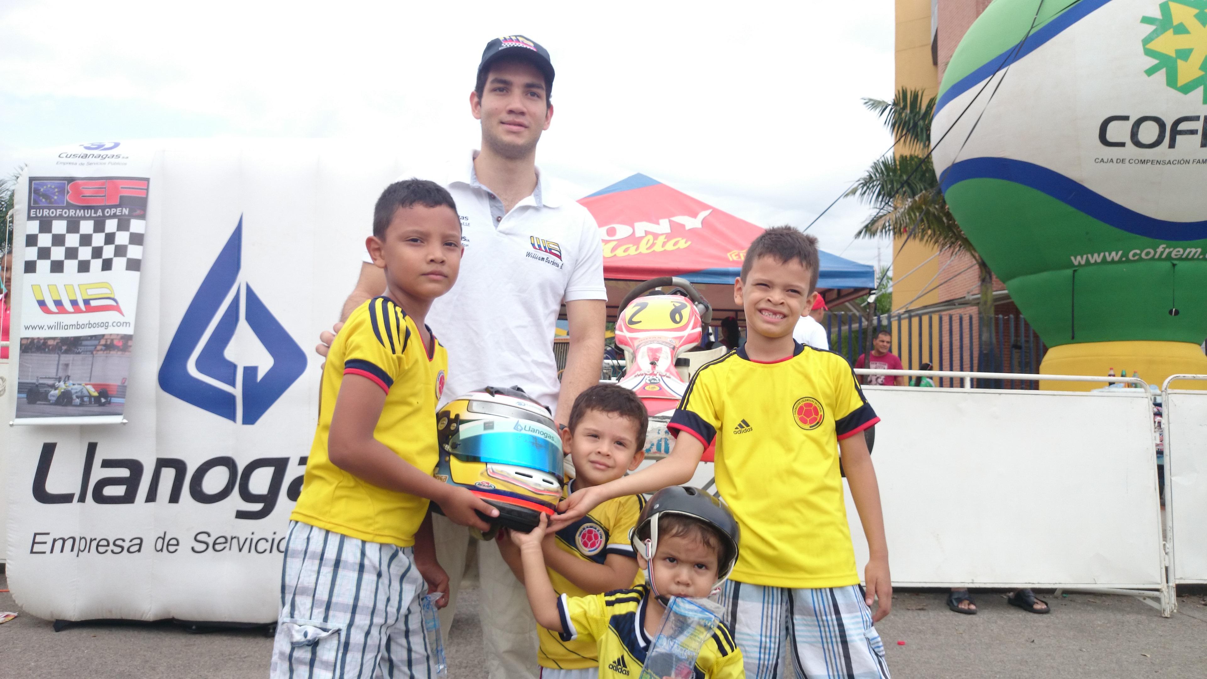 William_Barbosa_G._Clásica_de_triciclos.2592