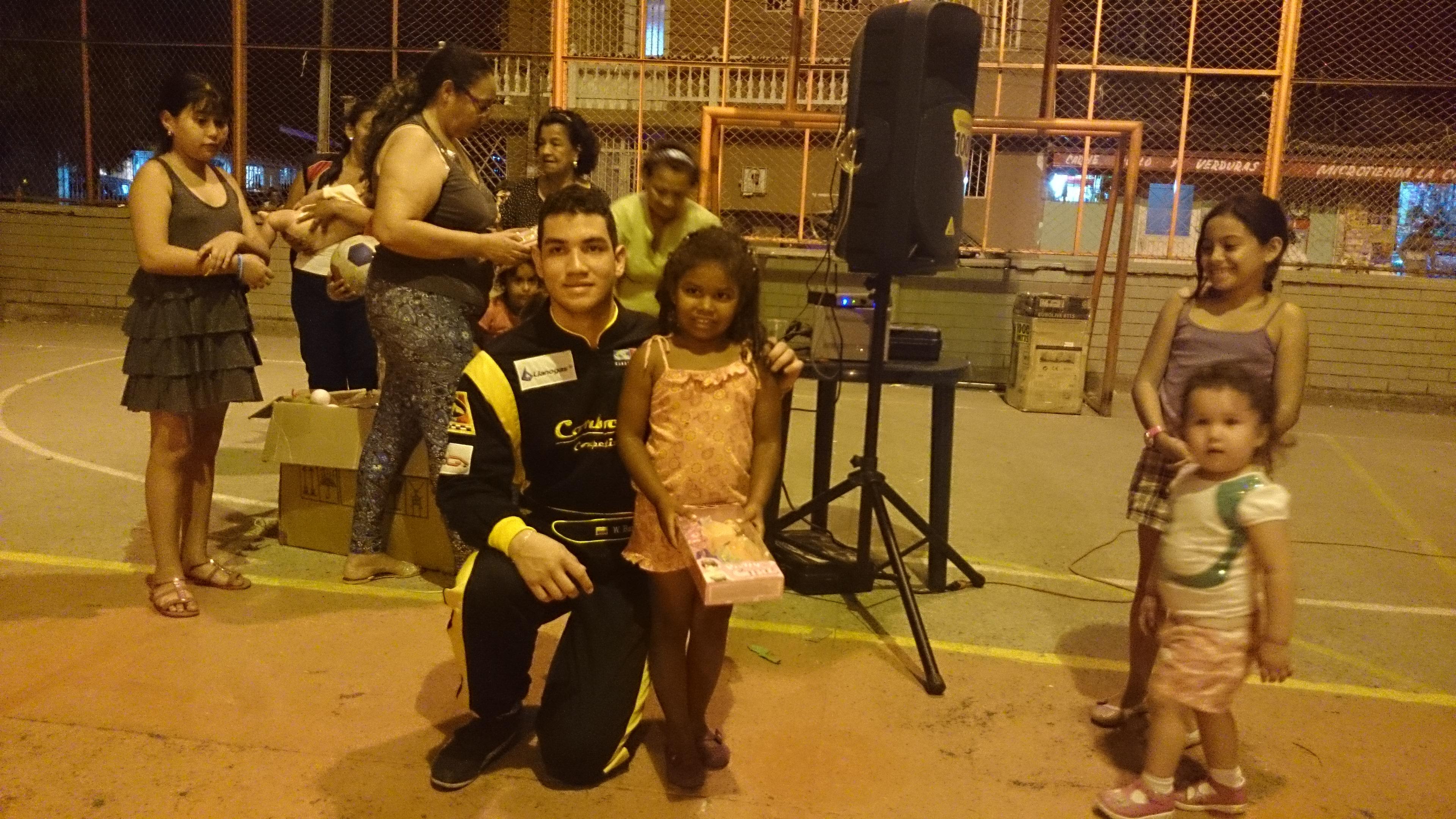 William Barbosa G Llanogas contigo diciembre 23_14_2.JPG
