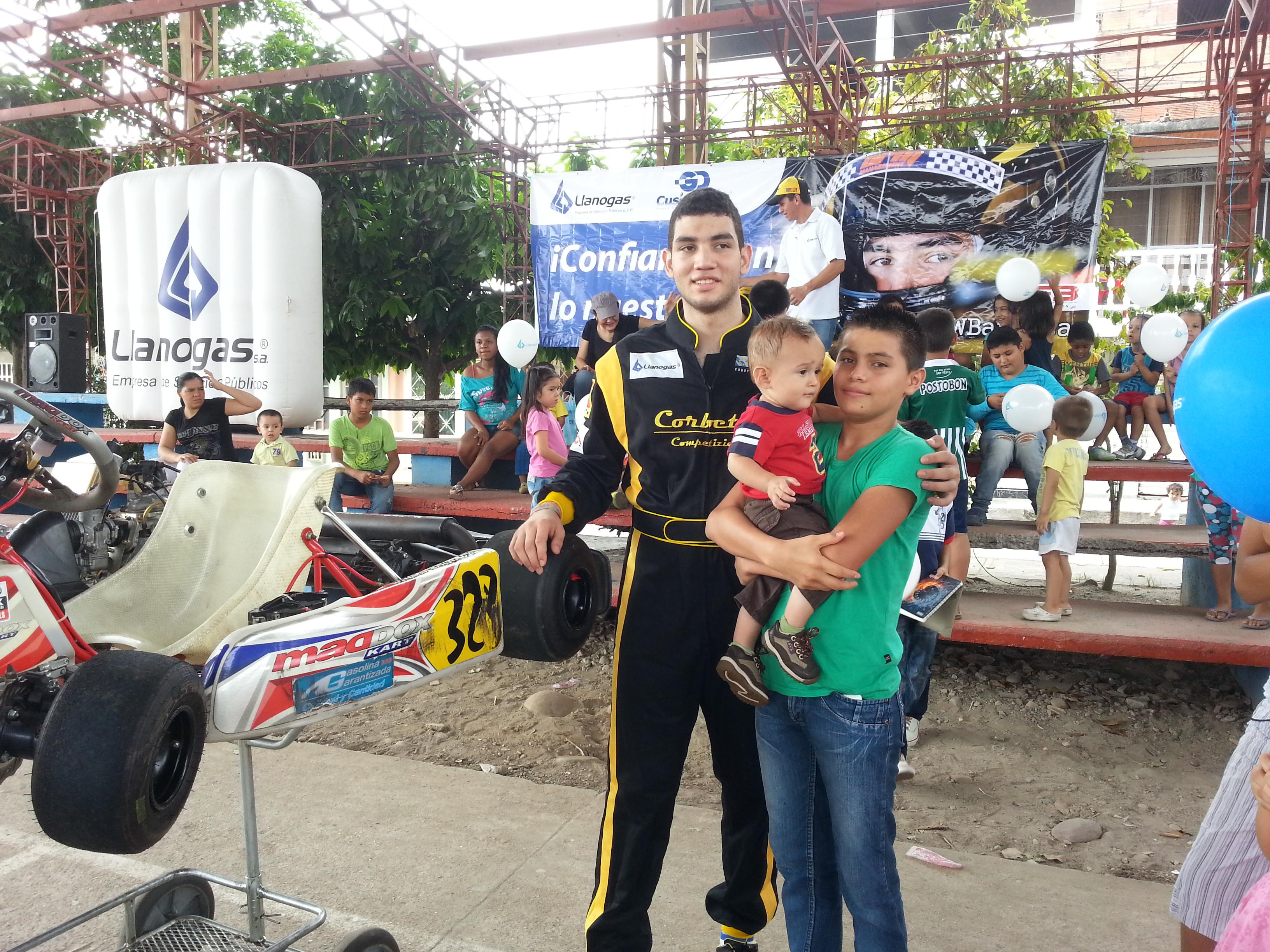 WilliamBarbosa+Llanogas+Contigo+20140308_7.jpg