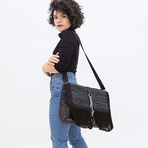BLACK ROCKY SHOULDER BAG