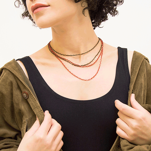 BLACK&RED CHAIN NECKLACE