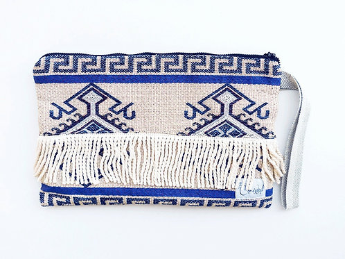 FOLKLOR CLUTCH IN BLUE SHADES
