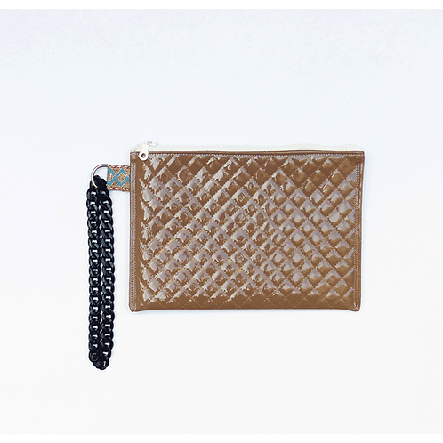 BROWN QUILTED CLUTCH