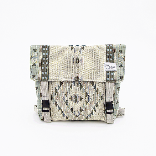 FOLKLOR BACKPACK IN LIGHT GREEN