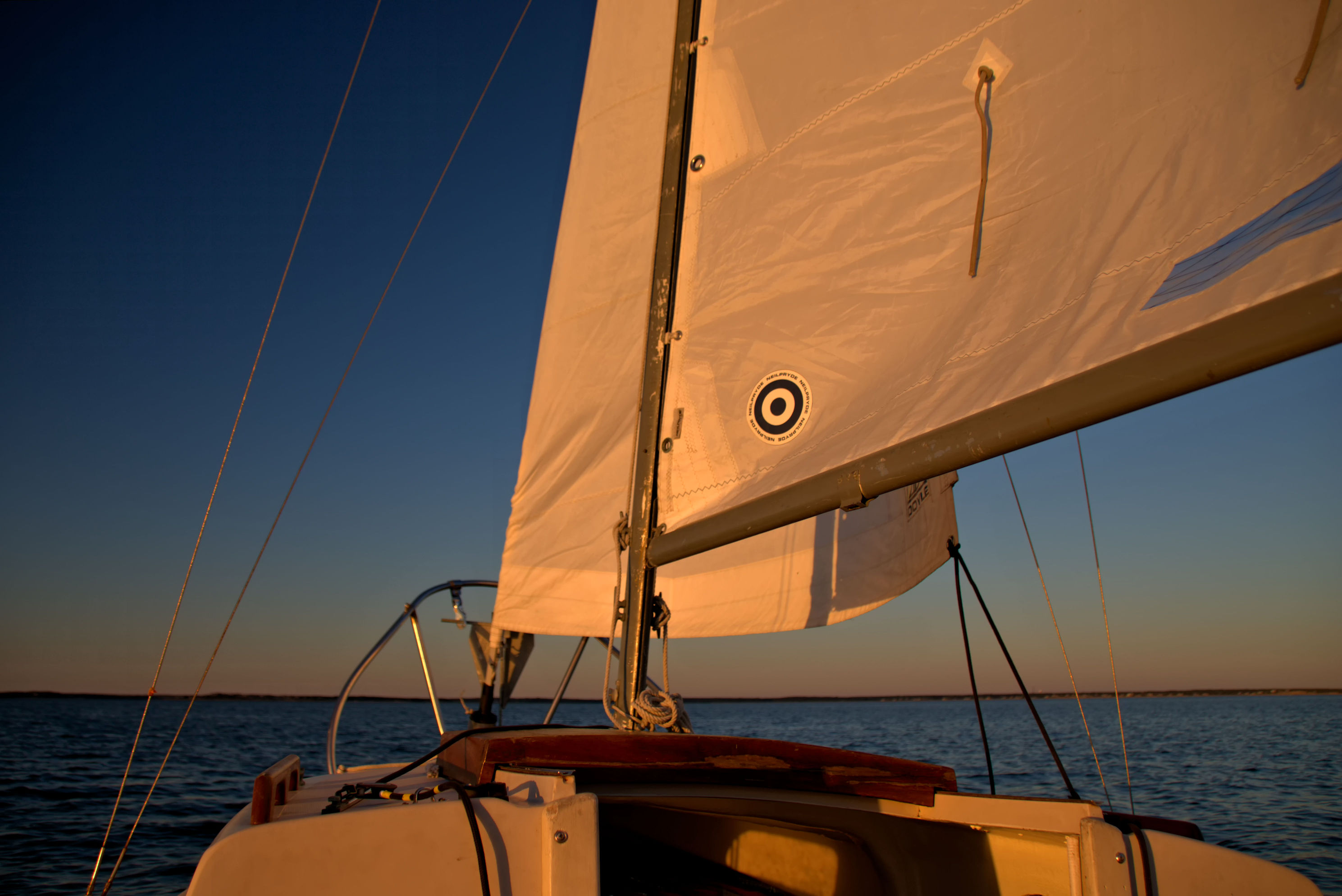 sails_sunset_glow