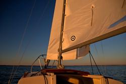 sails_sunset_glow