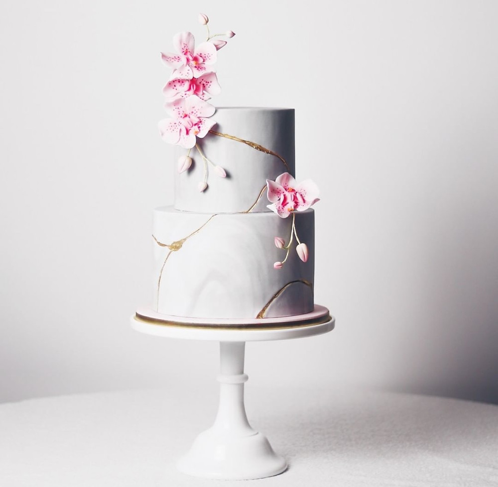 kintsugi cake - Juniper Cakery