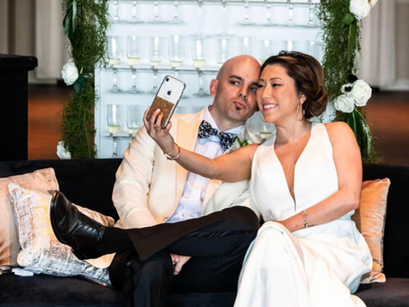 Why You Should Have an Unplugged Wedding