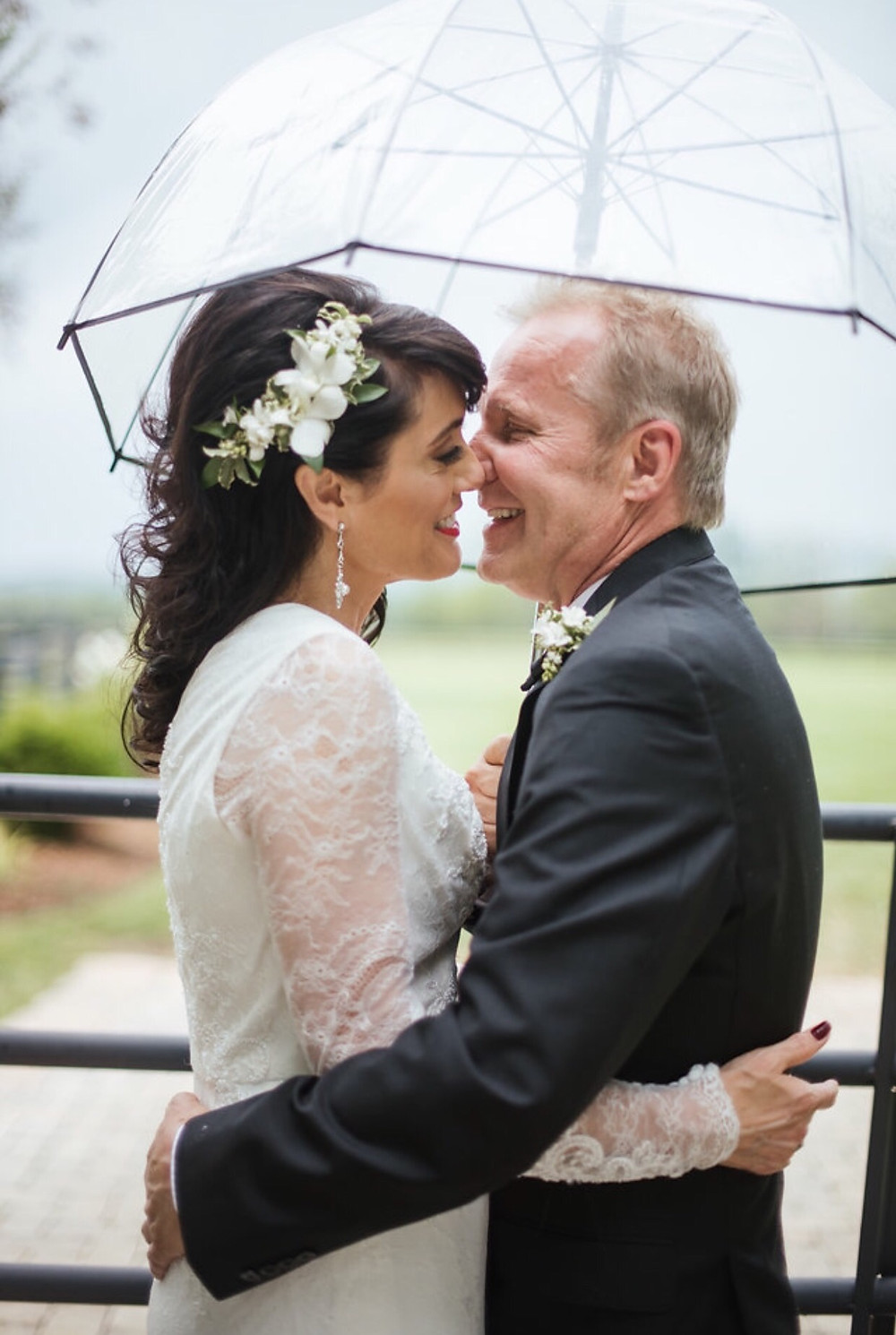 Franklin, TN Wedding + Kisses in the Rain