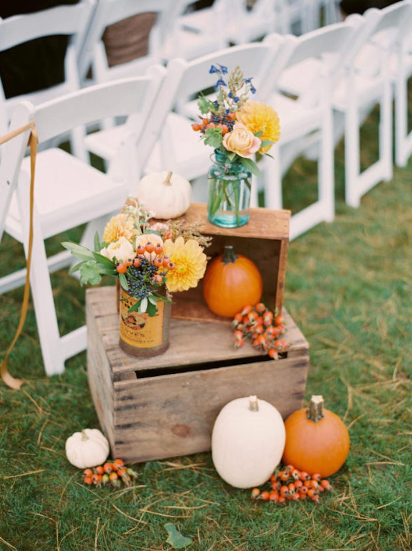 Pumpkin Aisle Decor