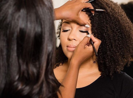 Scheduling Hair & Makeup on Your Wedding Day