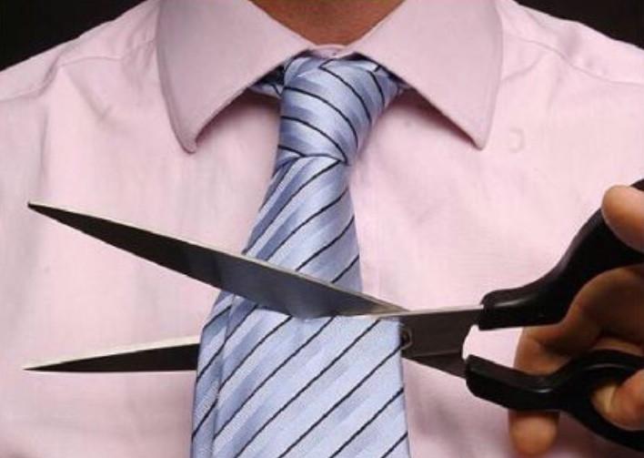 Cortar la corbata del novio
