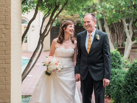 Carrie + Guy / East Ivy Mansion / Nashville, Tennessee