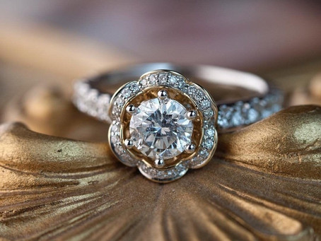 Signs It's Time To Clean Your Engagement Ring