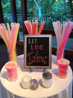 Artisan Abode Wedding Signs