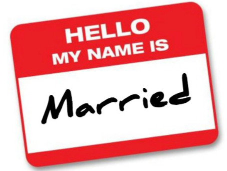 How to Easily Change Your Name After the Wedding