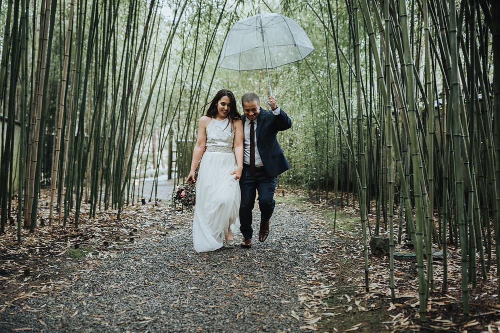 Bride & Groom in the rain, Nashville