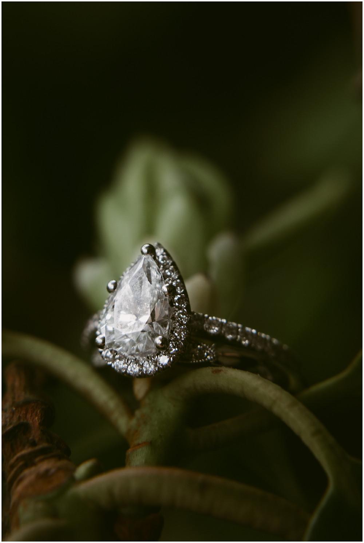 Pear-shaped diamond engagement ring photo