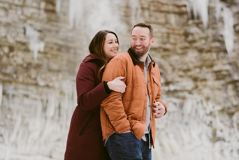 Mountainaire Gatherings takes engagement photos in Minnewaska State Park