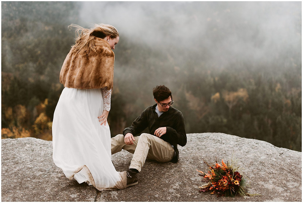 adventurous anniversary photos in the adirondacks by Mountainaire Gatherings