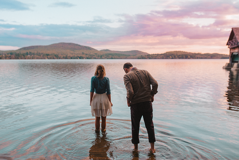 Top tips for planning your Adirondack engagement session by Mountainaire Gatherings
