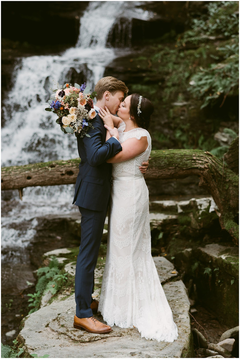 outdoor forest wedding in the catskill mountains