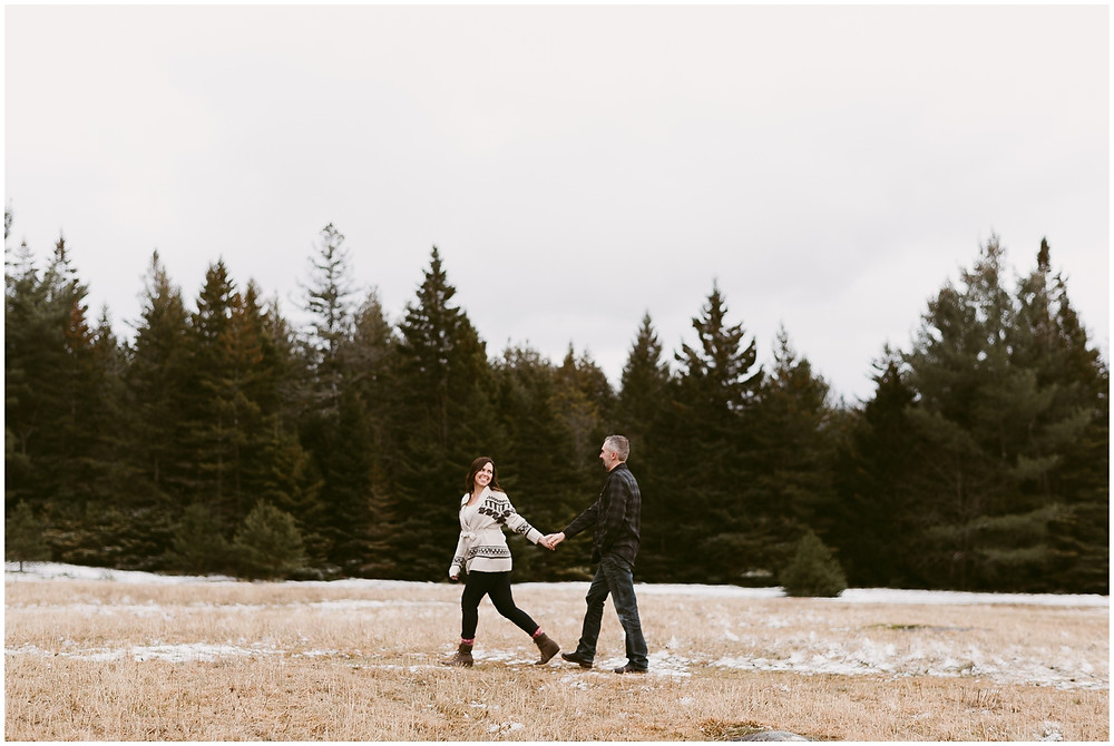 Adventurous outdoor engagement photos in the Adirondack Mountains by Mountainaire Gatherings