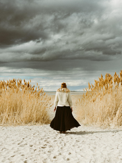 Adventurous Portrait Session at Antelope Island   Utah Wedding & Elopement Photographer