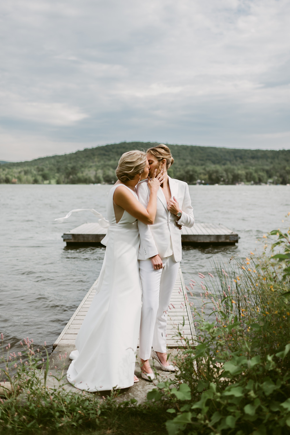 Lesbian summer wedding in Ithaca, NY | Mountainaire Gatherings