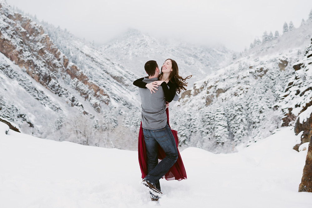 Little Cottonwood Canyon Couple's Session | Utah Adventure Wedding Photography